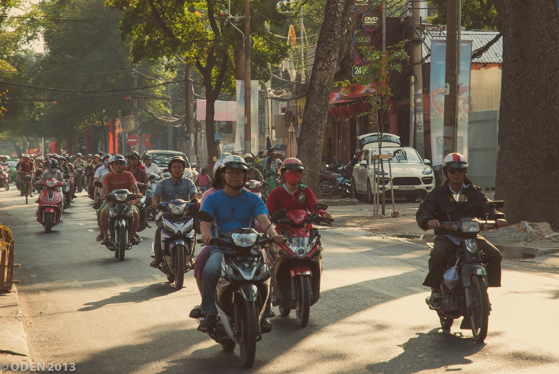 How to ride a motorcycle in Saigon and live to tell the story - The Blond Travels