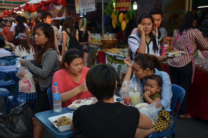 A lot of locals also came to try all the delicacies