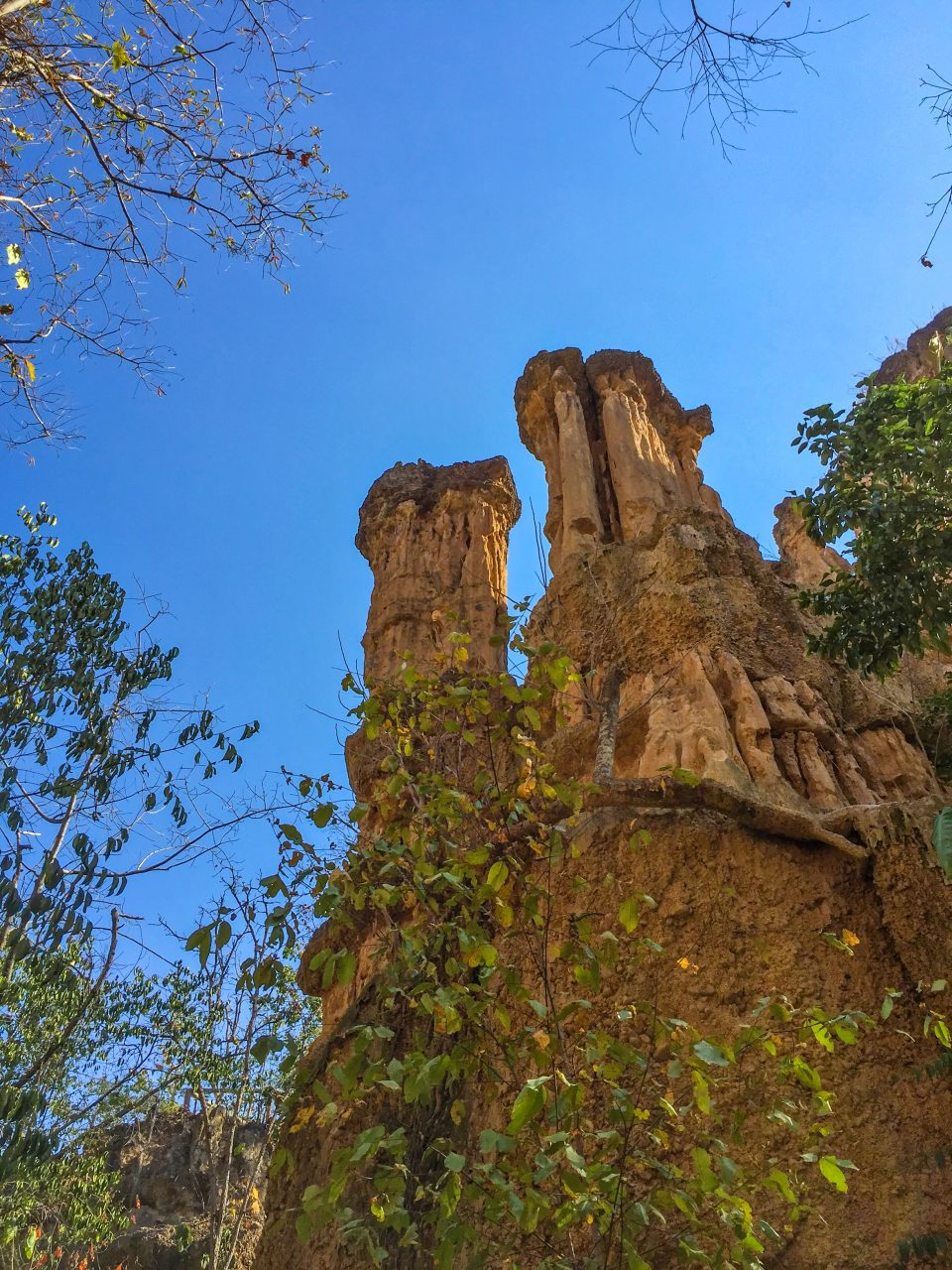 The best time to visit Pha Chor Canyon is the cool season, before the burning season starts in Thailand