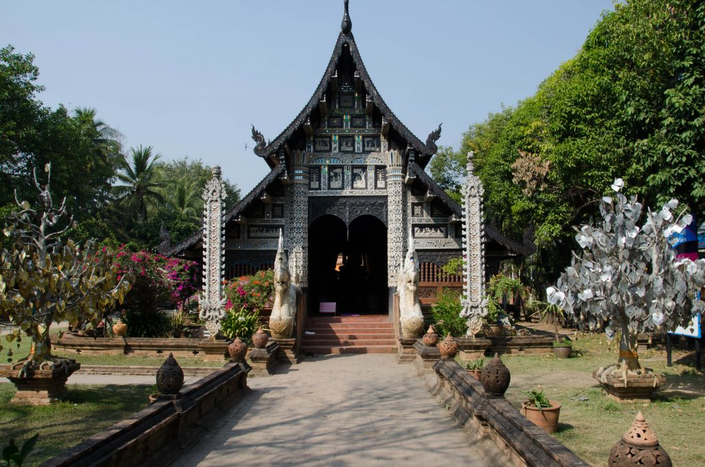 The main building at Wat Lok Molee