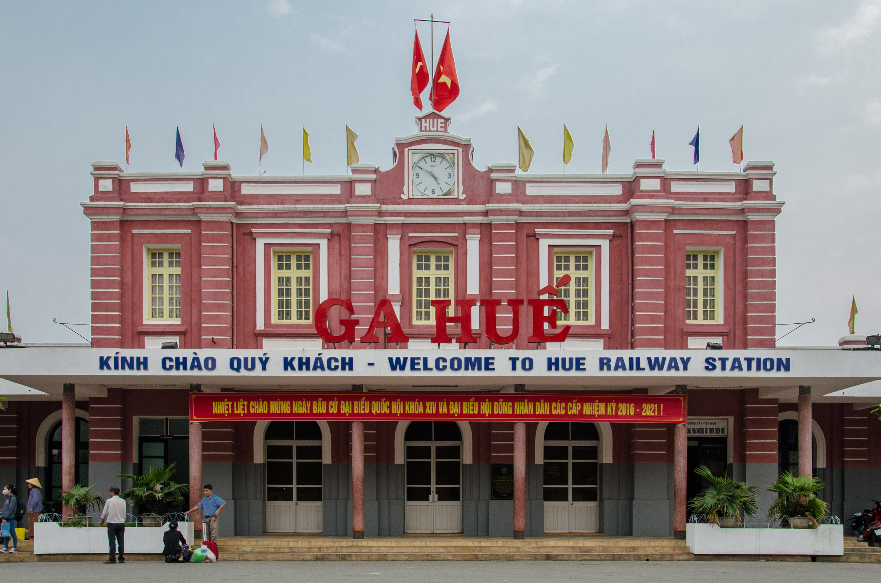 Train from Da Nang to Hue: Smooth Journey with Stunning Views