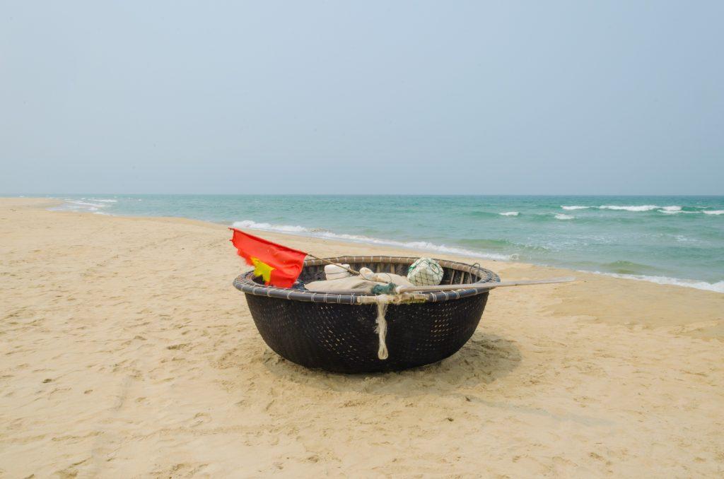 Takie łódeczki można zobaczyć wszędzie w Da Nang