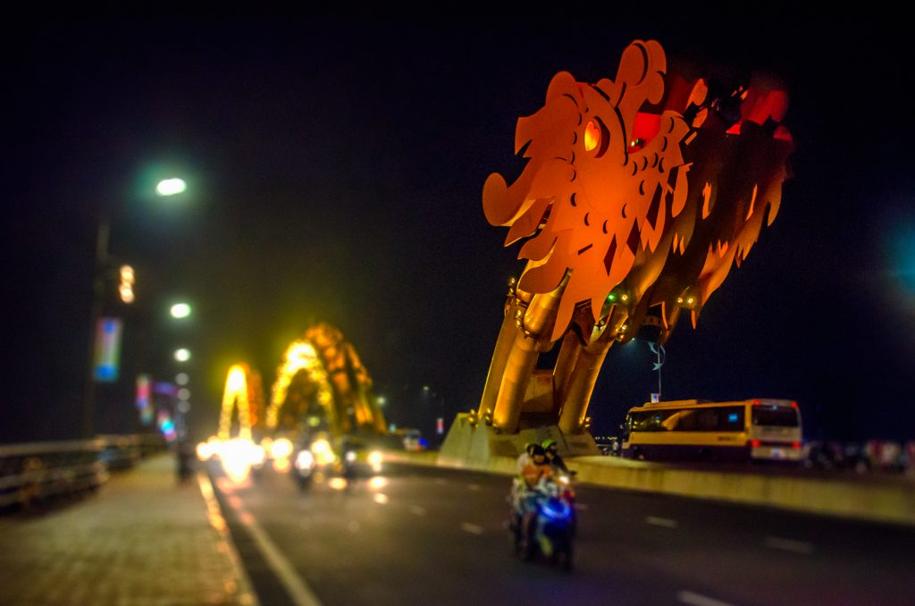 vietnam-da-nang-dragon-bridge