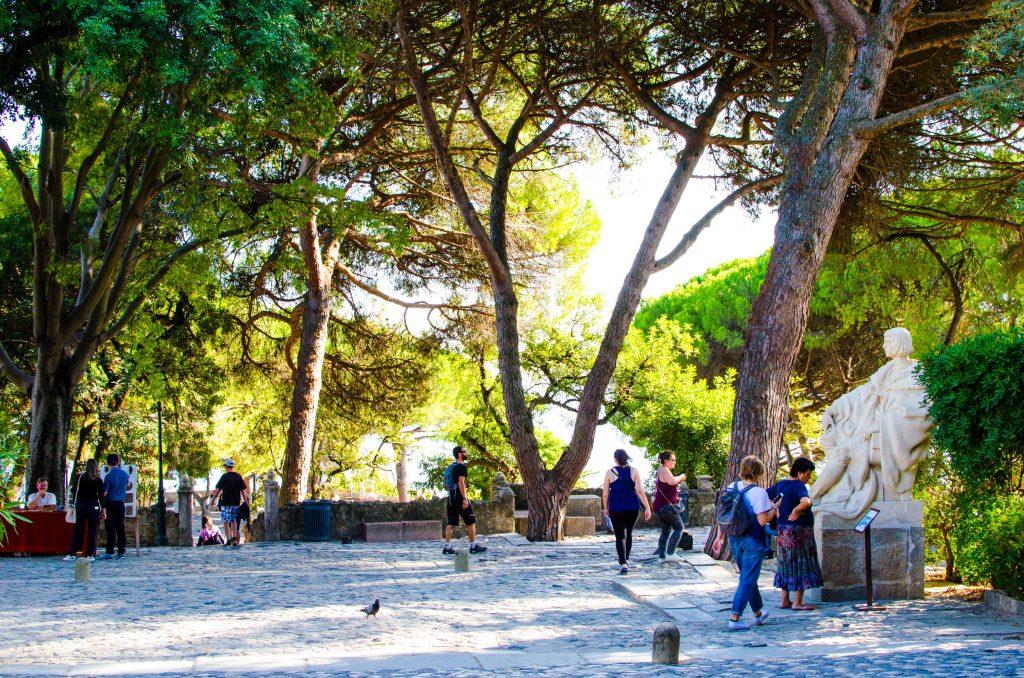park na zamku świętego jerzego