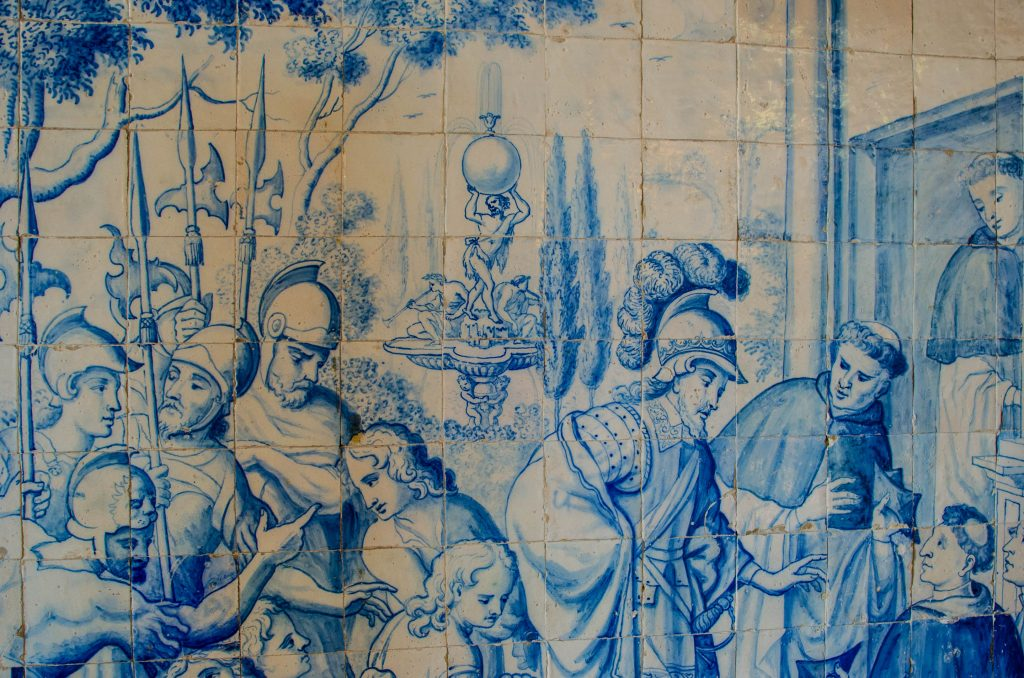 azulejos in portugal with soldiers