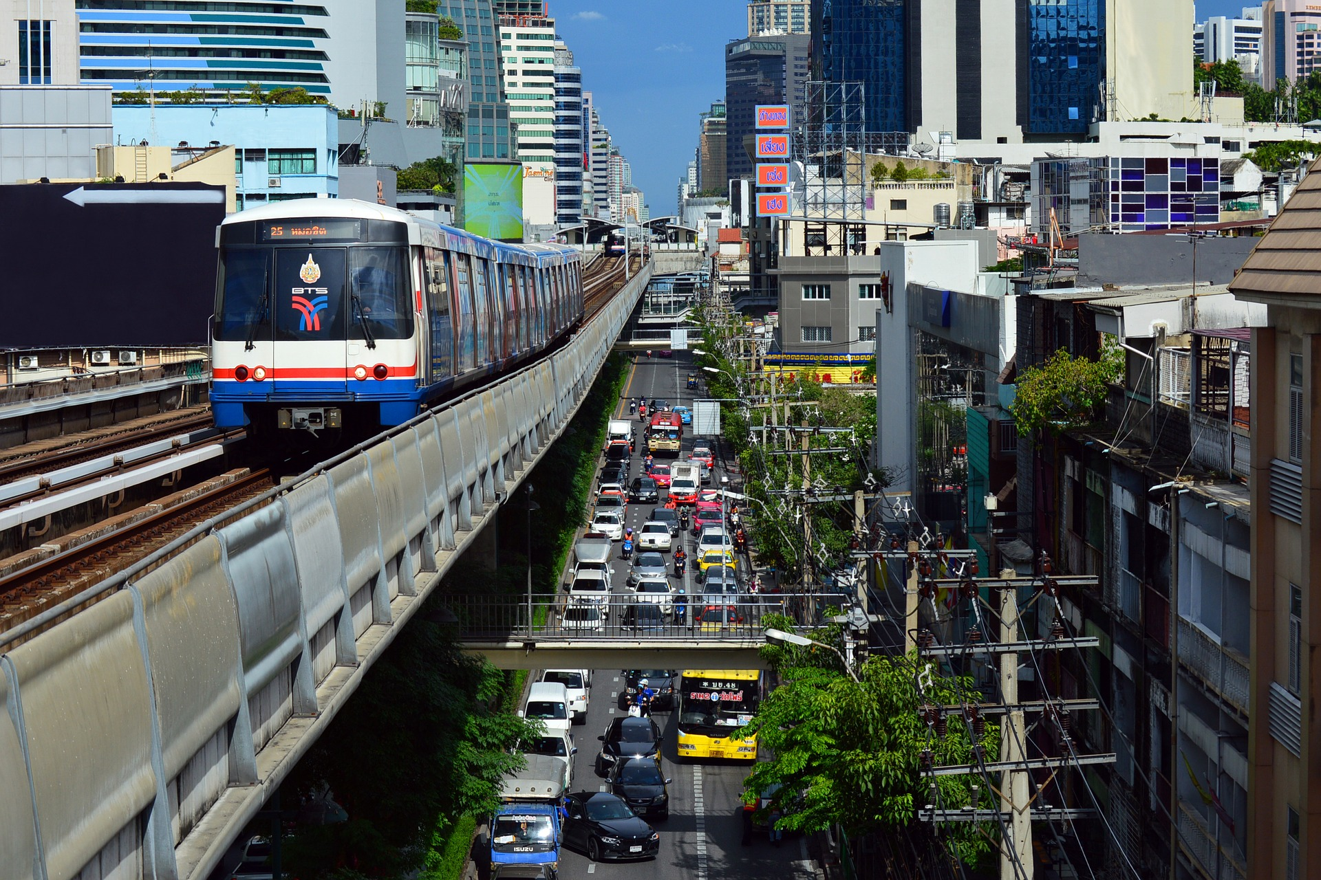 BTS in Bangkok: See the city thanks to Skytrain | The Blond