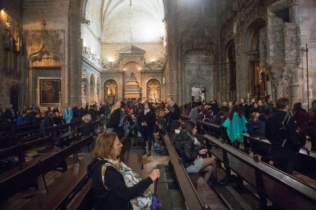 Belem zakon hieronimitów tłumy w kościele