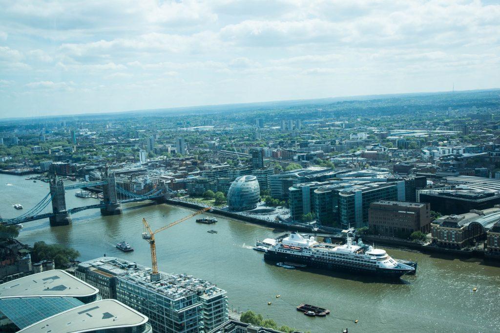tamiza i miasto londyn widok ze sky garden