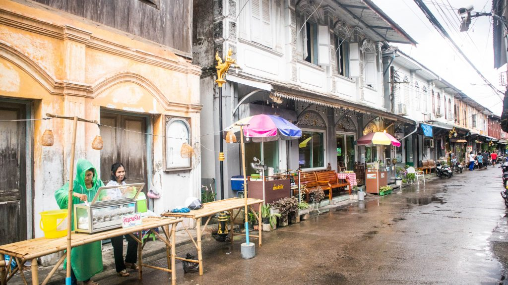 street sellers in chanthaburi in the rain